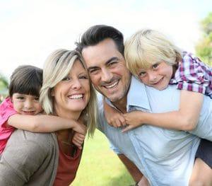 Ketamintherapie – die moderne Therapie mit Ketamin gegen Schmerzen und Depressionen - Familie Vater Mutter Kinder