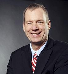 Dr. med. Frank G. Mathers (01) Experte für Ketamintherapie – die moderne Therapie mit Ketamin gegen Schmerzen und Depressionen